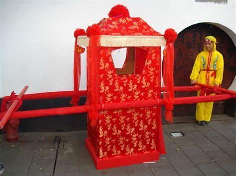 在古代,为何女子出嫁的时候,都要坐大花轿?乾隆为此发明一俗语