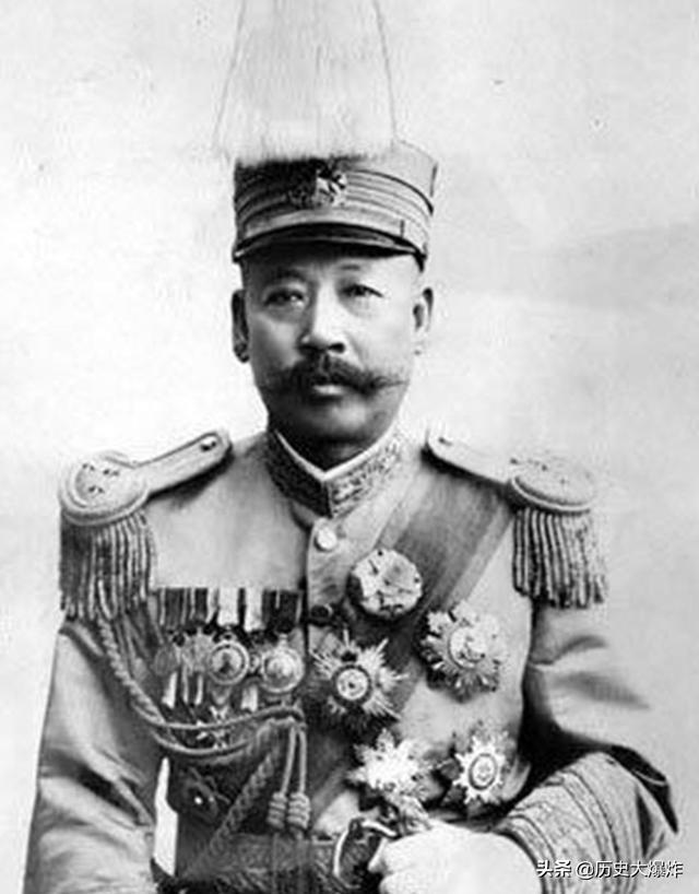 他是最爱财的北洋军阀,但在日本人面前却保住了气节,让人叹服