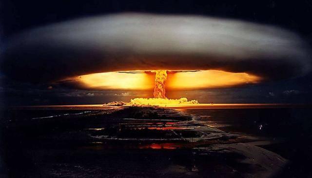 中国为何只花两年半就造出氢弹?世界最大谜团揭开,后人无法想象
